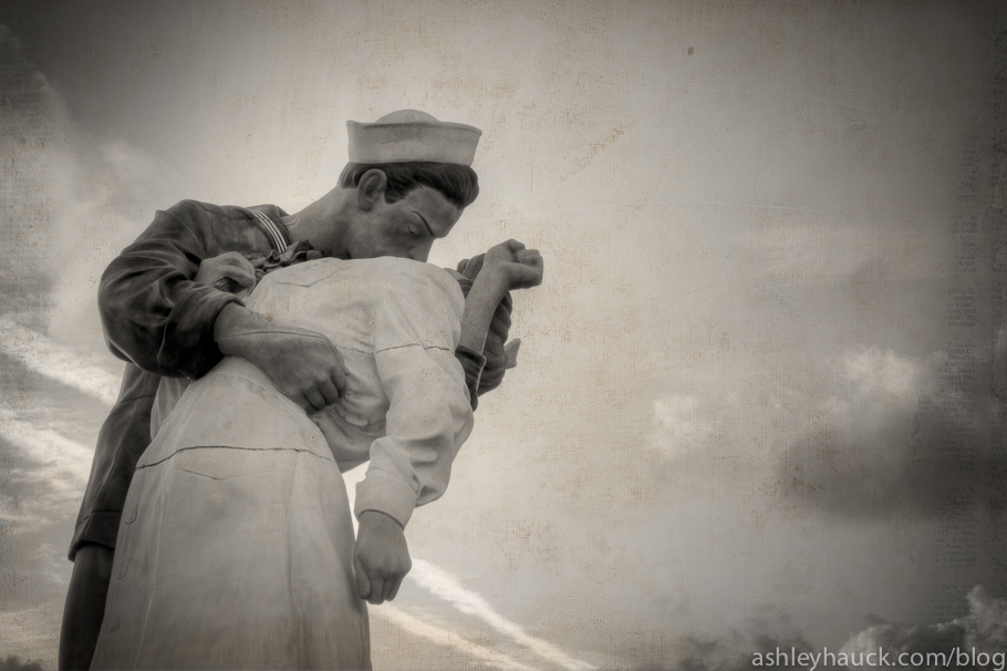 "San Diego's Unconditional Surrender statue, a.k.a. ""The Kiss"""